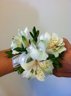 wrist corsage top view