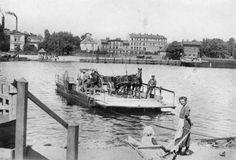 Prom Nowy Port - Twierdza Wisłoujście Danzig, Beautiful Buildings, Rivers, Poland, Cities, Prom, Black And White, Photos, History