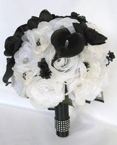White Wedding Decorations, Wedding Centerpieces, Wedding Ideas, Calla Centerpiece, Wedding Planning, Geek Wedding, Wedding Themes, Event Planning, Wedding Inspiration