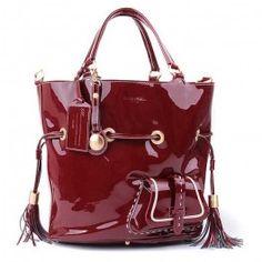 http://www.lancel-sacpascher.com/pas-cher-style-attachan-sac-lancel-en-cuir-rouge-brillant-premier-flirt-fhwq5y