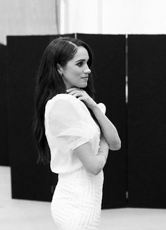 Meghan, Duchess of Sussex. ❤️ The Duchess of Sussex -FANS PAGE- Run by fans ❤️ Kate And Meghan, Prince Harry And Meghan, Princess Meghan, Prince And Princess, Sussex, Meghan Markle Style, Casa Real, Princesa Diana, Celebs
