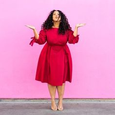 Happy Valentine's Day my loves!! 💕Sending you lots of love and kisses today! 😘 | Photo by @ctigower #VisiblyPlusSize . . . . #valentinesday #happyvalentinesday #reddress #plussizemodel #plussizefashion #plussize #psootd #plusfashion #curvemodel #kisses