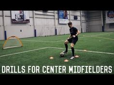 In today's video we are working on the essentials of playing central midfield successfully. Soccer Footwork Drills, Football Coaching Drills, Soccer Training Drills, Goalkeeper Training, Soccer Workouts, Agility Training, Speed Training, Soccer Practice, Soccer Skills