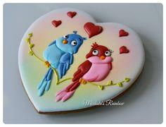 ну и поближе, по традиции) В наличии #royalicingcookies #gingerbread #decoratedcookies #cookiedecoration #sugarart #пряник #пряники #имбирноепеченье #имбирныепряники #пряникалматы #пряникиалматы #customcookies