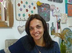 Alegre seu banheiro com espelhos de mosaico!!!   Alem da Rua Atelier  Essa a a linda Vero.. Veronica Fada linda!
