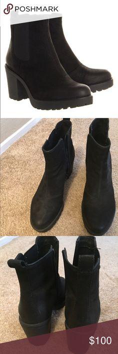 Vagabond Chelsea Boots EUC worn once euro size 39 Vagabond Shoes Ankle Boots & Booties