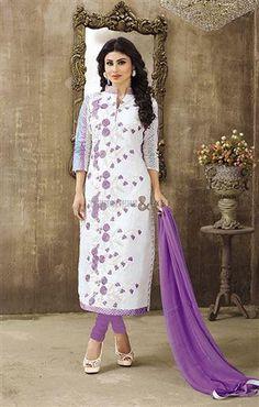 New designer dress pakistani salwar kameez in latest style Visit: http://www.designersandyou.com/dresses/bollywood-dresses #BollywoodBride #Model #BollwoddCelebs  #Inspiring #Atrractive #Bollywood #IndianFashion #Editorial #Glamour #BollywoodBride #Fashion #Beauty #Awesome #Occasional