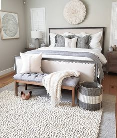 32 cozy and cute master bedroom in 2019 . 32 cozy and cute master bedroom in 2019 ⋆ newport-internati Dream Master Bedroom, Master Bedroom Design, Cozy Bedroom, Home Decor Bedroom, Bedroom Designs, Cozy Master Bedroom Ideas, Country Master Bedroom, Budget Bedroom, Bedroom Wall
