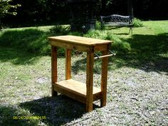 Small kitchen island made from pallets