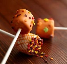Pumpkin Spice-Dipped Marshmallow Treats