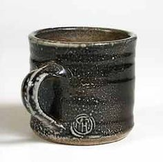 Lisa Hammond mug Lisa Hammond, Relax, Stoneware Crocks, Incredible Gifts, Pottery Marks, Slab Pottery, Vintage Bottles, Ceramic Cups, Pottery Ideas