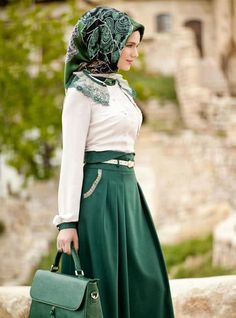 Emerald green and white | hijab for work