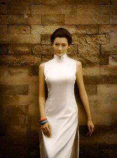 Chinese Qipao Cheongsam in white silk Asian Style, Chinese Style, Chinese Gown, Chinese Outfit, Chinese Dresses, Oriental Dress, Cheongsam Dress, Ethnic Outfits, Traditional Dresses