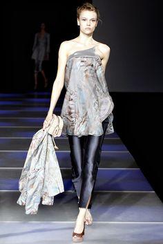 Giorgio Armani Spring 2012 Ready-to-Wear Fashion Show - Martha Streck