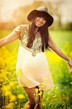 Sweet little Embellished Palms Tunic and fedora. Gorgeous for spring. Free People.