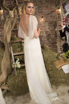 2017 Bridal Presentation - New York Bridal Market www.jennypackham.com #JennyPackhamBride #2017 #Bridal
