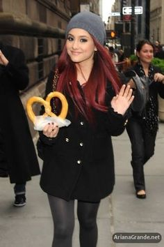 Love the outfit!!! And the pretzel!!! lol