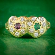 VINTAGE RUBY EMERALD DIAMOND DOUBLE HEART RING 18CT GOLD DATED 1979 cover