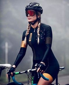 There are many different kinds and styles of mtb that you have to pick from, one of the most popular being the folding mountain bike. The folding mtb is extremely popular for a number of different … Women's Cycling, Cycling Wear, Cycling Girls, Cycling Jerseys, Cycling Outfit, Cycling Shorts, Bicycle Women, Road Bike Women, Bicycle Girl