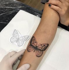 Tattoos for Women - You are in the right place about Tattoos for Women Tattoo Design And Style Galleries On The Net – - Hand Tattoos, Dainty Tattoos, Neue Tattoos, Pretty Tattoos, Beautiful Tattoos, Body Art Tattoos, Small Tattoos, Tatoos, Tattoo On