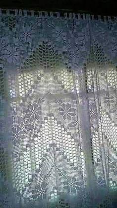 Filet Crochet Charts, Crochet Borders, Crochet Diagram, Crochet Motif, Crochet Doilies, Crochet Lace, Crochet Stitches, Crochet Curtain Pattern, Crochet Curtains