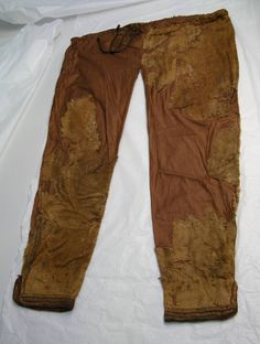 """Skjoldeham trousers bog find from end of 11th century now situated in Skjoldeham Tromso Museum, The source - Nye tanker om Skjoldehamnfunnet, Dan Halvard Løvlid, Masteroppgave i arkeologi, Institutt for AHKR, Universitetet i Bergen, Høsten 2009"" (quote) via kostym.cz"