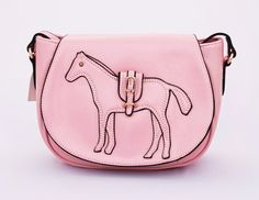 Celin horse korean style. Fashionable. Tali panjang selempang. Good quality. Warna pink. Uk 24x9x18