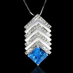 18k Pure Gold Natural Top IF Swiss Blue Topaz Diamond Ladies Pendant With Chain