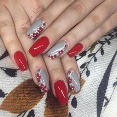 """17 Likes, 1 Comments - Miumiu nails (@miumiu.nails) on Instagram: """"Red n grey nails with flower design :) #acrylic #prettynails #beauty #fashionnails #nailstyle…"""""""