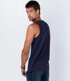 Regata masculina  Estampada  Com bolso  Marca: Ripping  Tecido: meia mallha  Modelo veste tamanho: M           COLEÇÃO VERÃO 2016         Veja outras opções de    regatas masculinas.