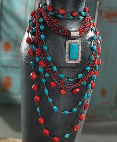 Captiva Coral & Turquoise Jewelry Love the combo of coral and turquoise! Turquoise Jewelry, Boho Jewelry, Jewelry Crafts, Jewelry Art, Fashion Jewelry, Jewelry Design, Jewelry Ideas, Cowgirl Bling, Cowgirl Style