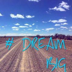 """Souvenir de vacances pour commencer le week-end. Chez L-Start nous sommes mordues de voyages. C'est le moment où on ose penser Big et croire que tout est possible. Mon mentor m'a toujours dit """"si tu n'as jamais peur c'est que tes rêves ne sont pas assez grands"""" ... Dream big ! #travel #entrepreneurlife #instadaily #mindset #dreambig #free #startup #entreprenariatfeminin #lareussiteaufeminin #entrepreneur #entrepreneurquotes #weekend regram"""