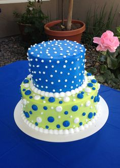 Blue & green polka dot cake