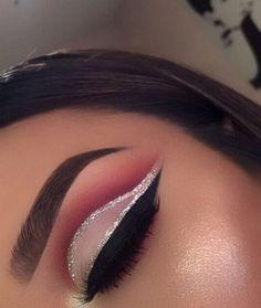 Gorgeous Makeup: Tips and Tricks With Eye Makeup and Eyeshadow – Makeup Design Ideas Makeup Eye Looks, Beautiful Eye Makeup, Eye Makeup Tips, Cute Makeup, Glam Makeup, Makeup Goals, Makeup Inspo, Eyeshadow Makeup, Makeup Inspiration