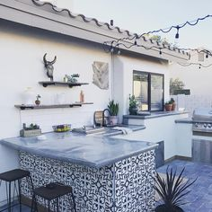 Cement Tile Shop - Encaustic Cement Tile Phoenix - Terrazas, Balcones, Patios, Porches, Piscinas y areas abiertas. Outdoor Kitchen Bars, Backyard Kitchen, Outdoor Kitchen Design, Backyard Patio, Outdoor Kitchens, Outdoor Kitchen Countertops, Outdoor Tiles, Outdoor Rooms, Outdoor Living