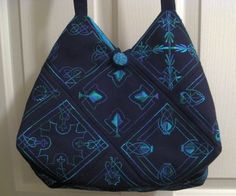 Lots of free tutorials and patterns for bags.