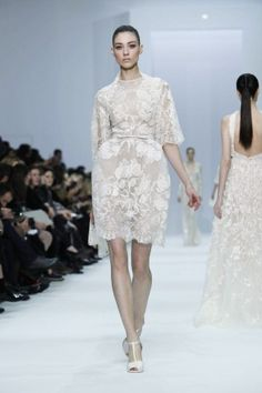 Beautiful short, white dress, Elie Saab Couture Spring-Summer 2012, Paris
