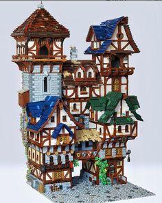 Medieval Houses, Medieval Town, Medieval Castle, Lego Winter, Chateau Lego, Lego Man, Lego Castle, Lego Building, Building Ideas