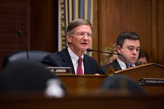http://arstechnica.com/science/2015/11/congressman-continues-pressuring-noaa-for-scientists-e-mails/