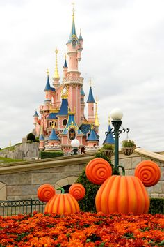 Mickey's Halloween and Paris?  It can't get better than that!