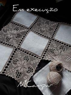 This Pin Was Discovered By Ter – Artofit - Diy Crafts Filet Crochet, Crochet Motifs, Crochet Borders, Crochet Squares, Crochet Doilies, Crochet Stitches, Crochet Bedspread, Crochet Fabric, Crochet Cushions