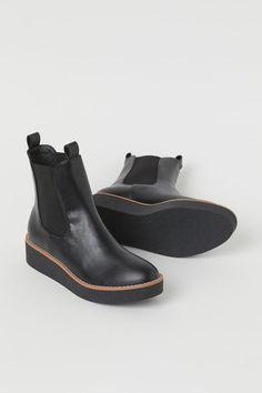 Lined Chelsea Boots - Black - Ladies | H&M US 2
