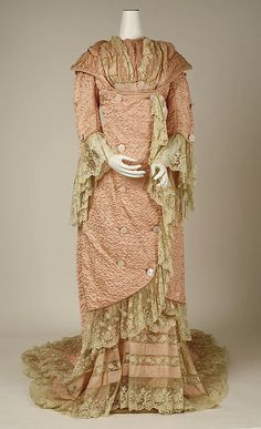 Negligée Date: 1880s Culture: French Medium: silk Accession Number: 49.3.21 The Metropolitan Museum of Art