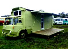 bedford-housetruck-5 - The side folds up into an awning and down into a porch! I'm drooling.