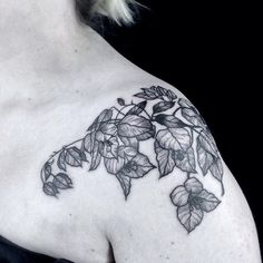 Bougainvillea-shoulder done at @toe_loop_tattoo_berlin