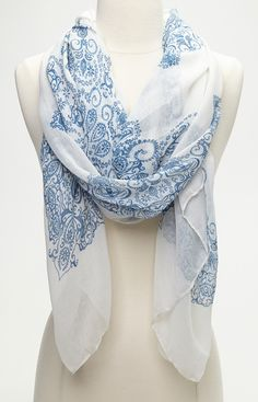 Cream & Blue Antique Scarf