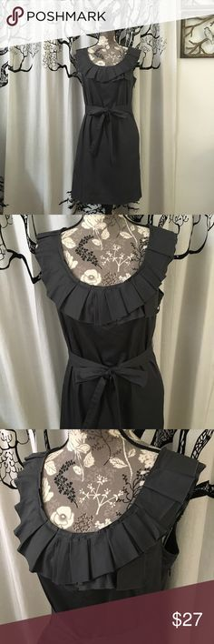 """J Crew Cotton Ruffled Belted Dress SZ 6 Super cute belted dress by J Crew in dark grey. Pockets! Ruffled neckline. Hidden side zip. Lightweight cotton. Perfect condition with no flaws. SZ 6. 18"""" B, 17"""" W, 35"""" H. Beautiful, classy dress for the warmer months! J. Crew Dresses"""