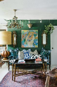 Green Chandeliers, Eclectic Decor, Victorian Homes, Interior Styling, Interior Design, House Colors, Vintage Decor, Decoration, Boho Decor
