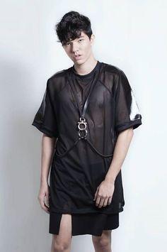 001V16- Tshirt Pendulum - Lucas leão