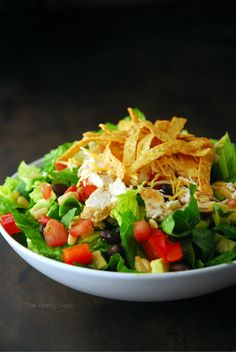 Chicken Fajita Southwest Salad! ~ it looks good enough to eat right now...I'll definitely have to try this